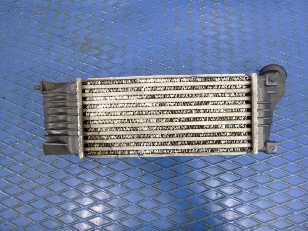 Części samochodowe :: Układ chłodzenia silnika :: Chłodnice :: Chłodnice powietrza (intercoolery)