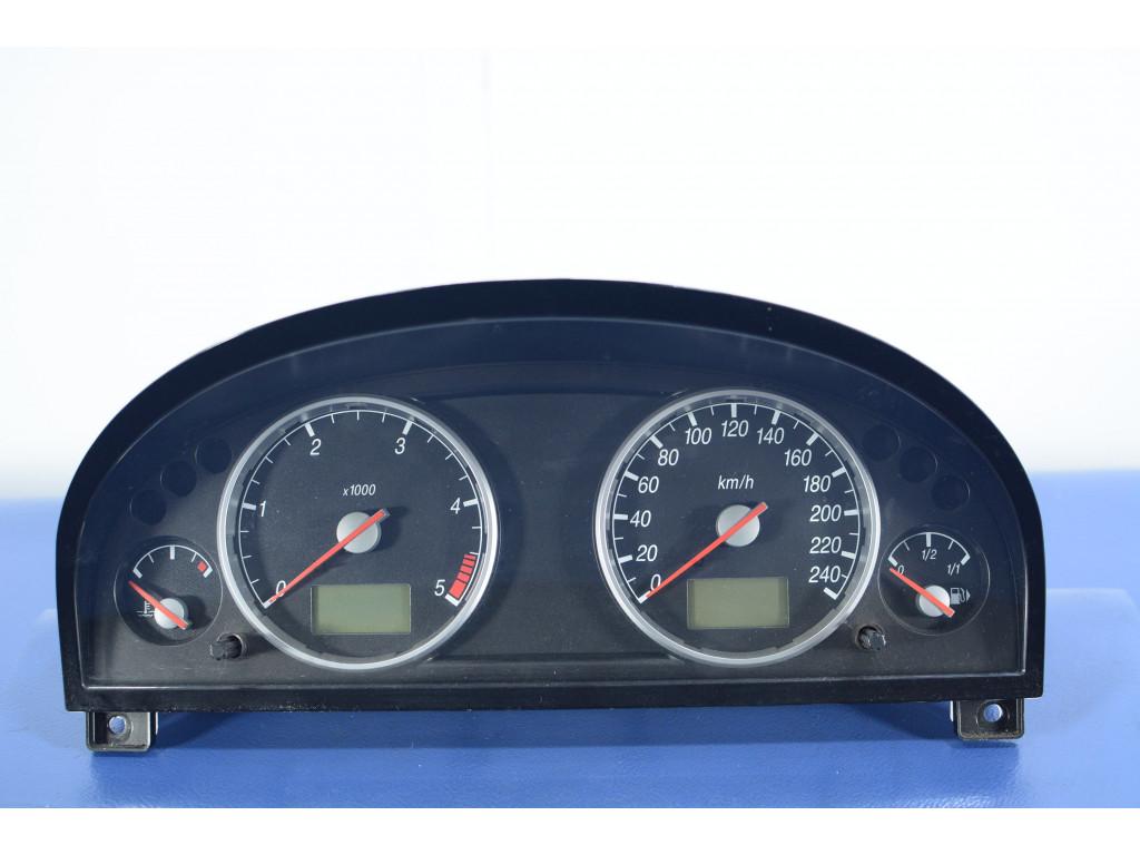 Części samochodowe :: Wyposażenie wnętrza :: Liczniki, zegary